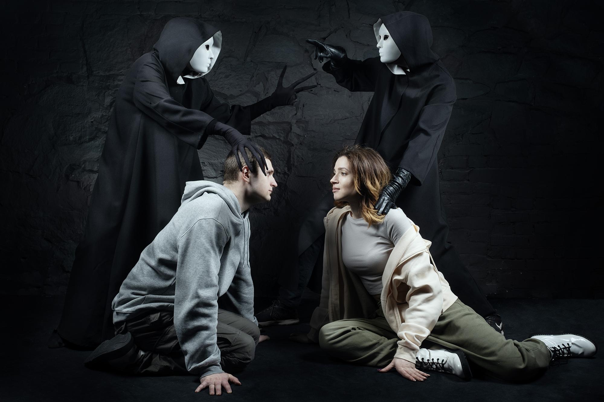 Фотовыставка «В поисках Ромео и Джульетты»